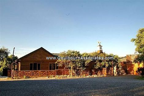 Property picture - Malaga - Villa With 2 + 2 Bedroom Log Cabins.